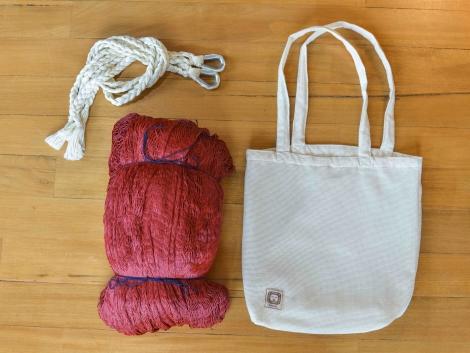 Terra Crochet Hammock / Burgundy Red