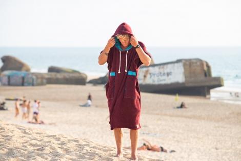 Bordo Towel Surf Poncho / Turquoise striped fabric