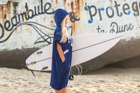 Ocean Blue Towel Surf Poncho / white striped fabric